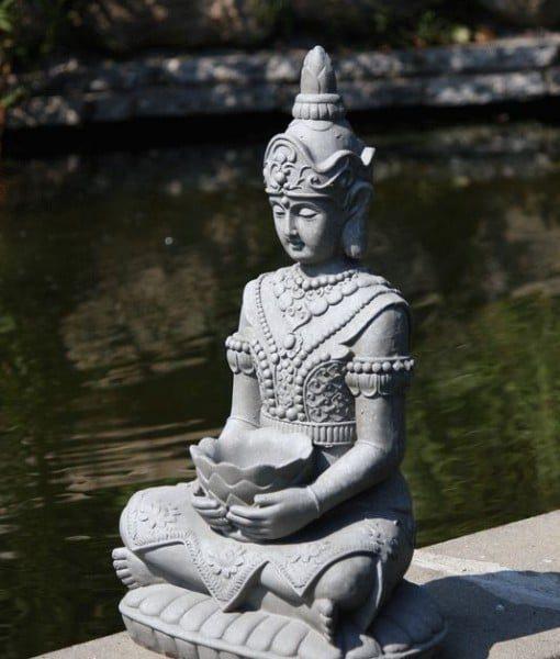 Tuinbeeld Kwan Yin met bak 66cm