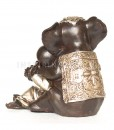 monnik-tegen-olifant-3