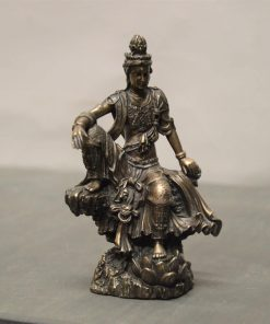 Guan Yin op rots